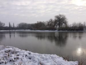 Horgásztó tél
